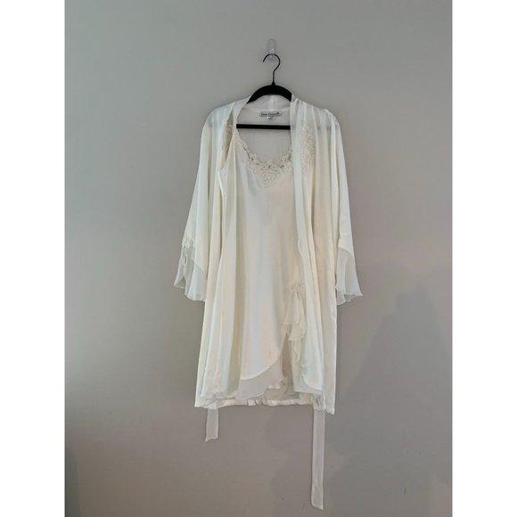 Vintage Linea Donatella Ivory Slip and Robe Set